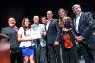 Une élève de la CMSV remporte une bourse d'études musicales de l'OSDL