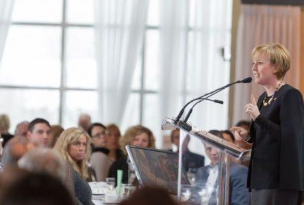La mairesse St-Hilaire définit sa vision économique à long terme de l'agglomération