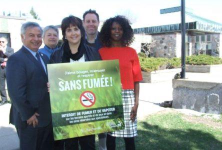 Interdiction de fumer dans les aires de jeux et terrains sportifs de Boucherville