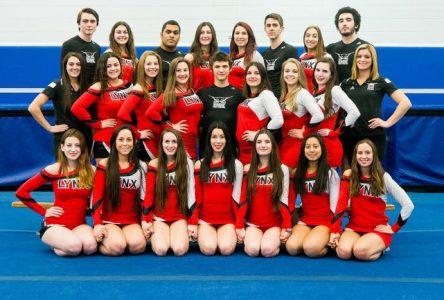 Les Lynx remportent le Championnat provincial de cheerleading