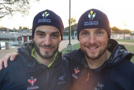 Deux rameurs du Club d'aviron de Boucherville se préparent en vue des Jeux de Rio