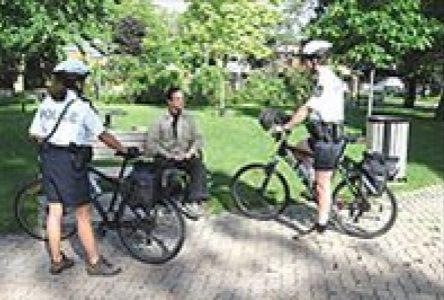 Retour de la patrouille à vélo et des cadets policiers à Boucherville cet été