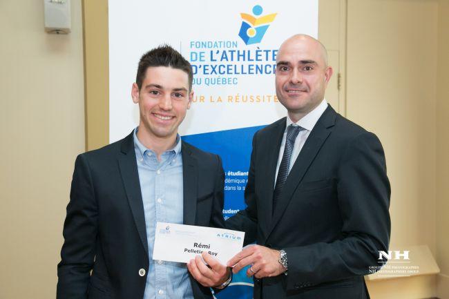 La Fondation de l'athlète d'excellence récompense deux jeunes étudiants de la région