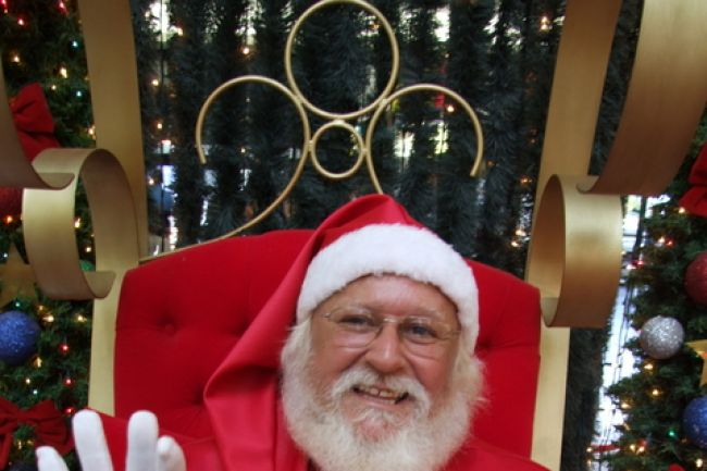 Grand défilé de nuit du Père Noël à Sainte-Julie!
