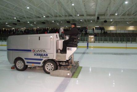 Le centre Gilles-Chabot inaugure ses deux nouvelles patinoires en grande pompe
