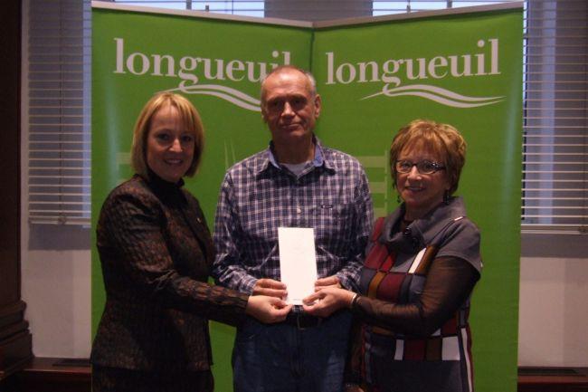 Le Prix Pauline-Gill attribué à trois auteurs