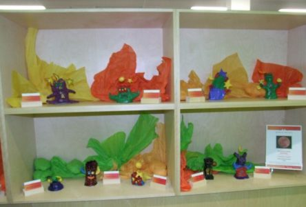 Une classe de 6e année de l'école Boucherville Elementary propose une première exposition
