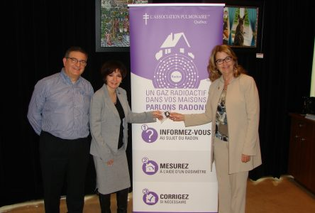 Lancement à Sainte-Julie de la première campagne provinciale Municipalités contre le radon