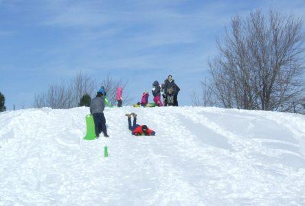 Du plein air en famille à la journée Plaisirs d'hiver!