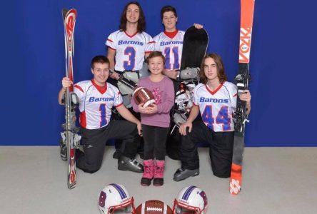 Des jeunes joueurs de football s'unissent pour vaincre un adversaire de taille : le cancer!