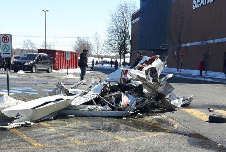 Collision entre deux avions à Saint-Bruno: les Promenades St-Bruno seront fermées samedi