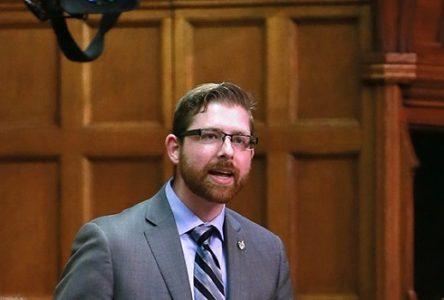 Pertes de fournisseurs de RONA:  « Les Québécois subissent les conséquences de l'insensibilité du ministre canadien Navdeep Bains, estime Xavier Barsalou-Duval