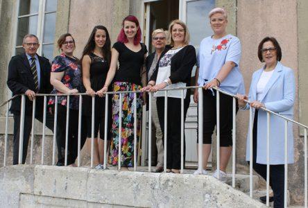 Quatre jeunes artistes de Boucherville visitent Mortagne au Perche