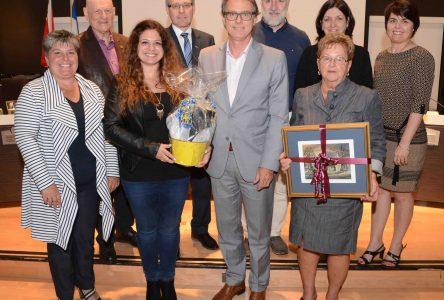 Le conseil municipal de Varennes rend hommage aux citoyennes Katherine Brouillet et Anne Dufour-Pinet