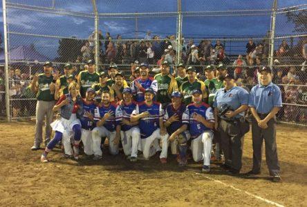 Tournoi des 4 Chevaliers: plus de 650 spectateurs et 5 750 $ au profit de l'Association de baseball mineur de Saint-Amable