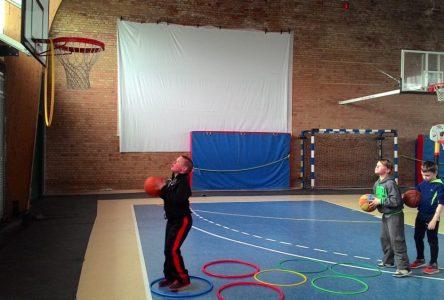 Une activité de basketball gratuite pour les jeunes Bouchervillois