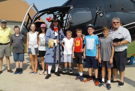 350e : des tours d'hélicoptère pour de jeunes gagnants