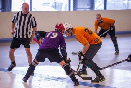 Boucherville accueille les finales masculines open inter-ligue de dek hockey