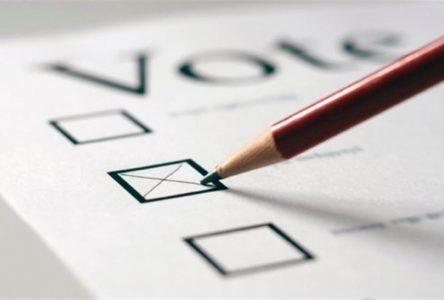 Vote par anticipation: participation record à Sainte-Julie