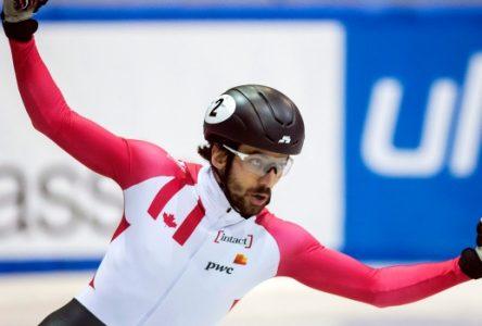Une importante médaille d'or au relais pour Charles Hamelin et l'équipe canadienne