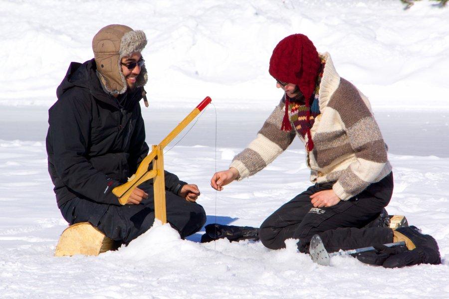 Une occasion de s'initier à la pêche blanche pour toute la famille à Contrecoeur