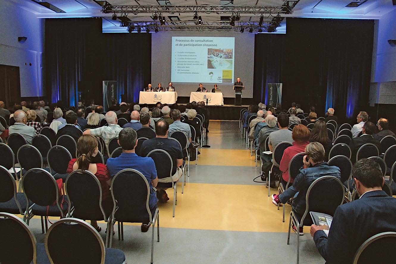 Les citoyens expriment diverses préoccupations à la soirée de consultation sur la refonte du plan d'urbanisme de Boucherville