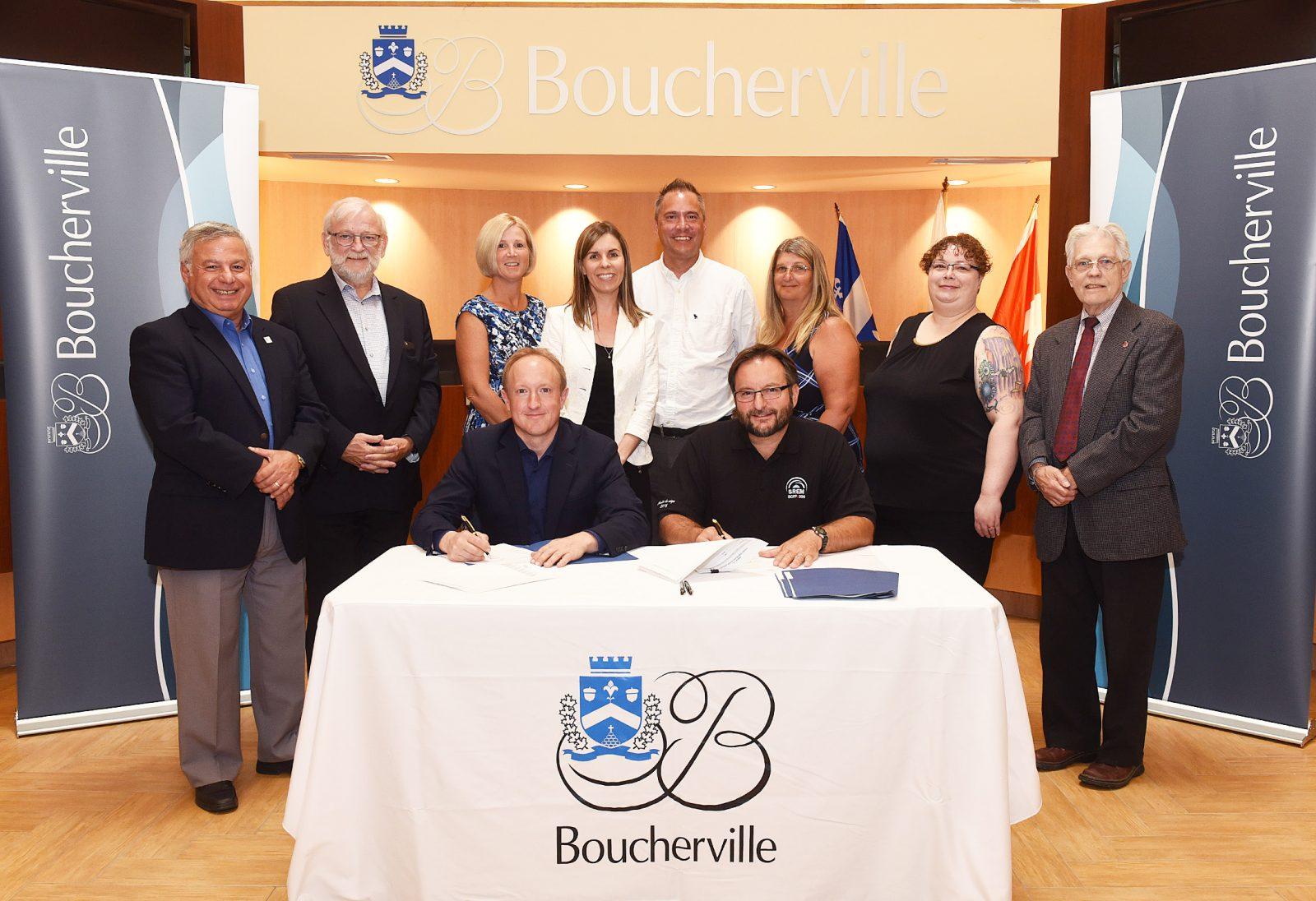 La Ville de Boucherville s'entend avec les brigadiers scolaires pour parapher un contrat de travail de huit ans
