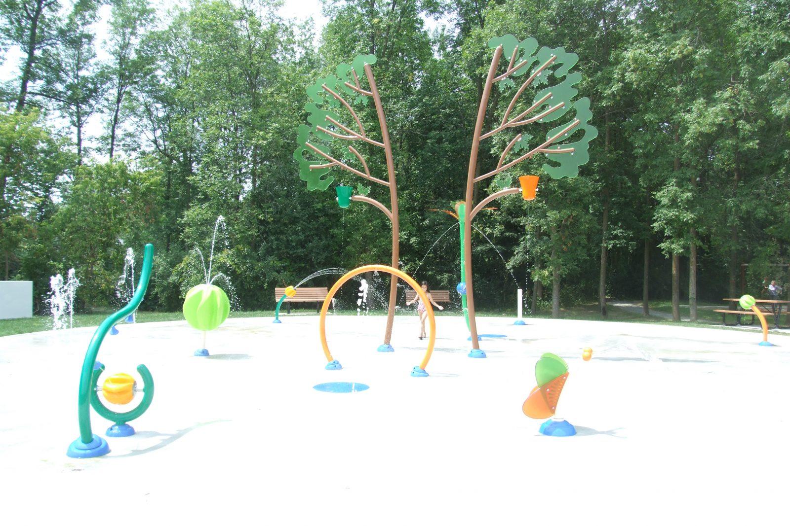 Nouveau jeu d'eau rafraîchissant au parc de Brouage!