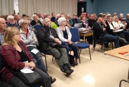 Plus d'une centaine de citoyens présents à la soirée  d'information sur l'érosion des berges