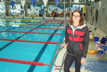 Sandrine Mainville nage dans les études et le travail