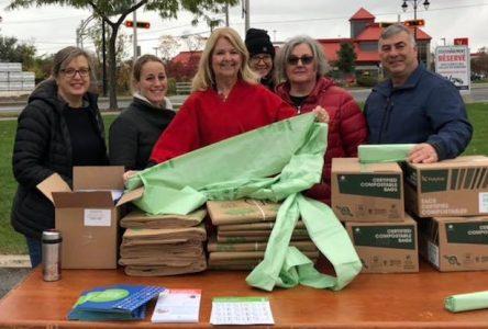 La distribution de sacs compostables à Sainte-Julie attire plusieurs centaines de citoyens