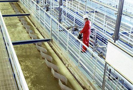 Longueuil déversera 162 millions de litres d'eaux usées dans le fleuve