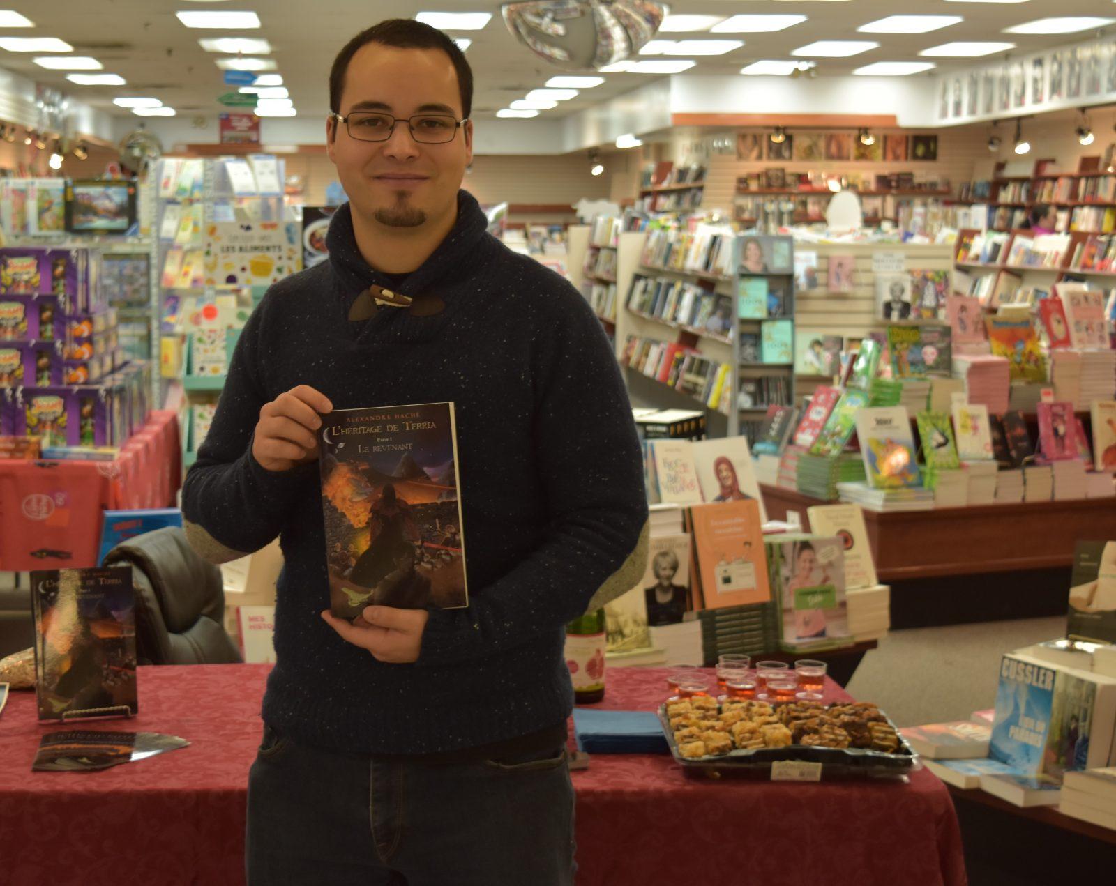 Un premier roman fiction pour Alexandre Haché