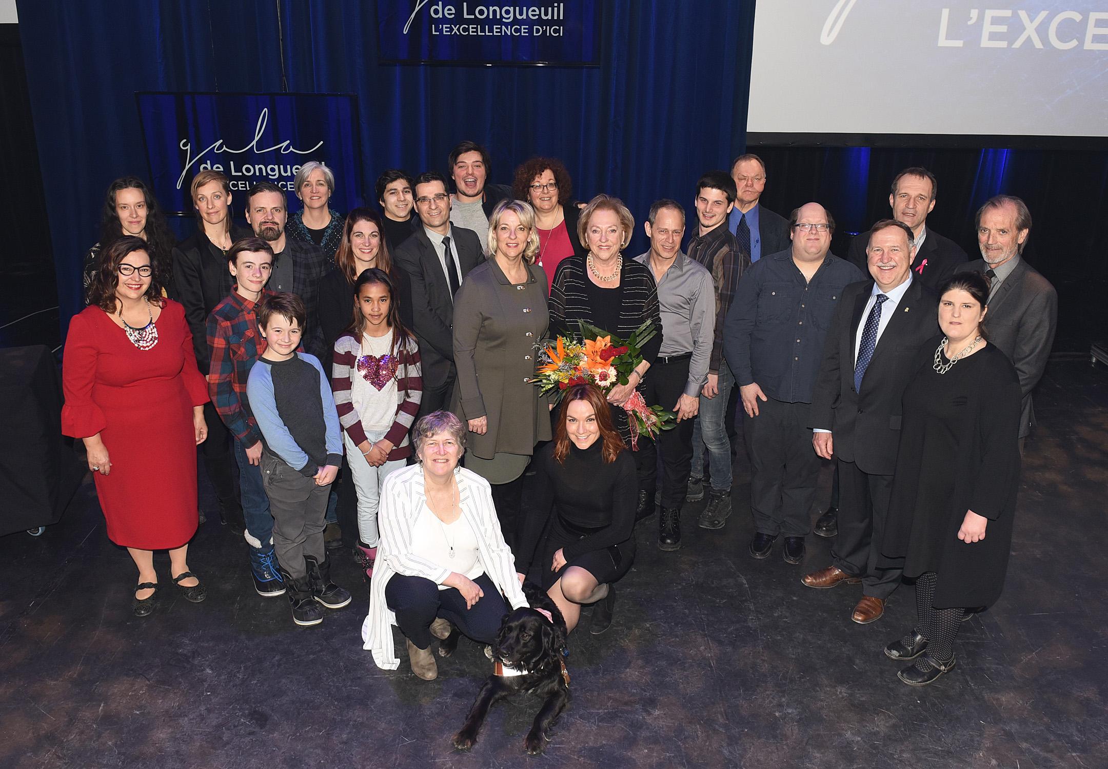 Les Batisseurs D Ici longueuil honore ses citoyens d'exception au 2e gala de