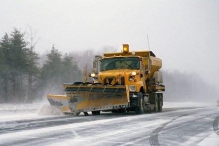 Encore de la neige sur le Québec: le Ministère au travail, sans relâche