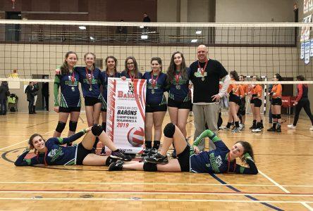 Les Celtiques de l'école le Carrefour: championne à l'Omnium de volleyball à Sherbrooke