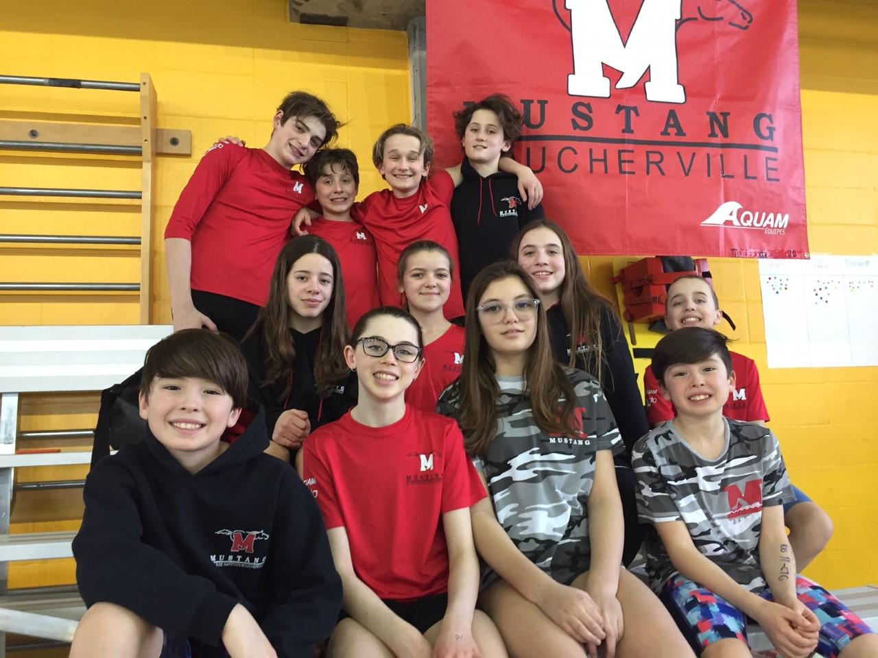 Championnats québécois de natation 11 et 12 ans : belle compétition pour le Mustang!