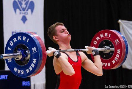 Finale des Jeux du Québec: l'haltérophile Simon Vaillancourt choisi porte-drapeau pour la cérémonie de clôture