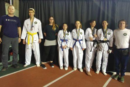 Belle récolte de médailles pour le club taekwondo de Varennes
