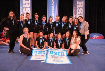 Le Noir et Or ira aux Championnats provinciaux de cheerleading