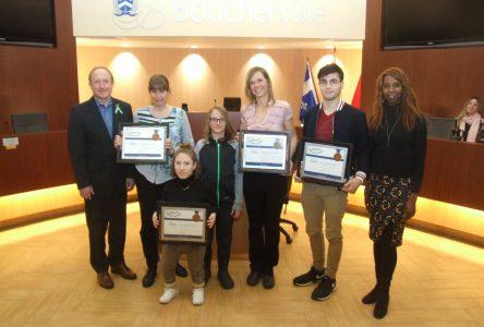 Prix Coup de chapeau remis à quatre athlètes de Boucherville