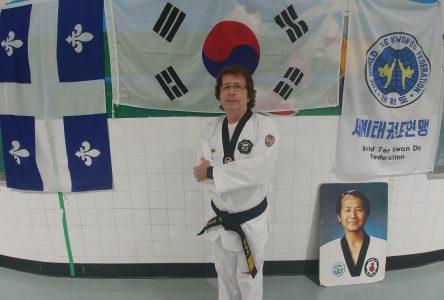 Mario Dudemaine promu ceinture noire  8e Dan en taekwondo