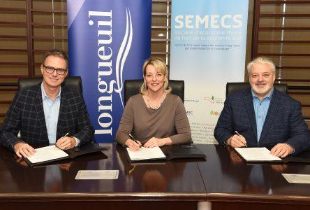 L'entente sur le traitement des matières organiques entre Longueuil et la SÉMECS est signée!