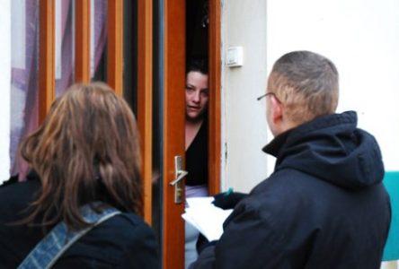 Sollicitation commerciale interdite à domicile: la Ville de Sainte-Julie invite les citoyens à la prudence