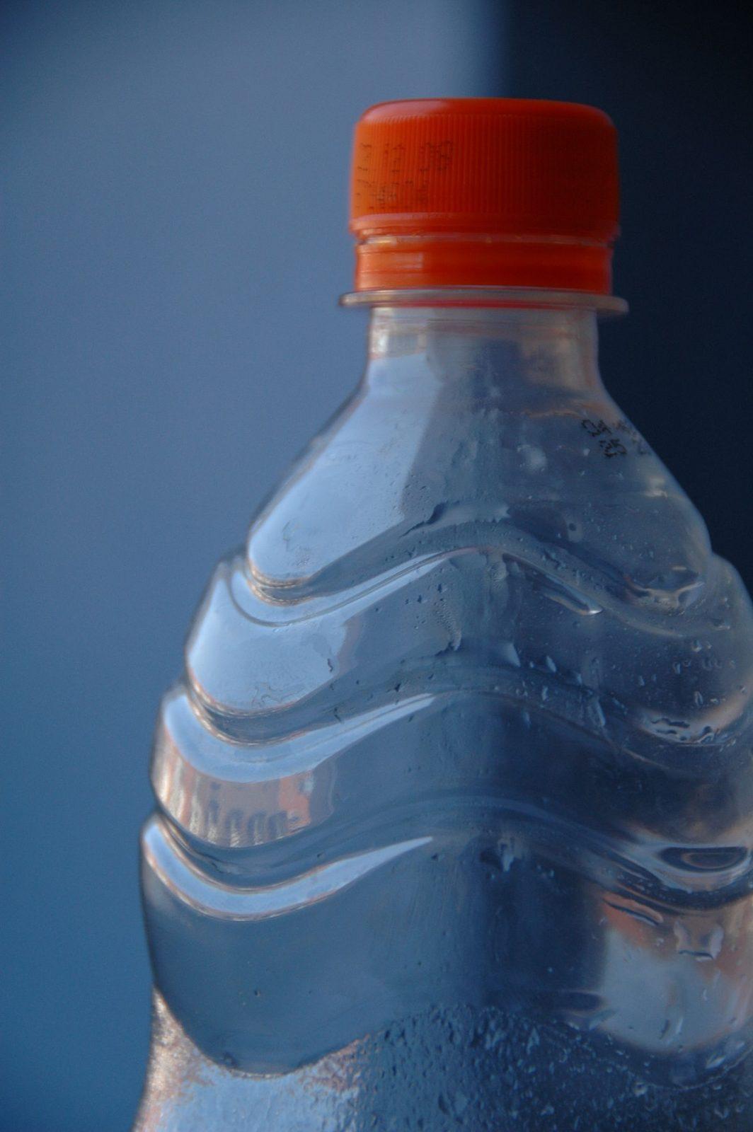 Fini les bouteilles d'eau en plastique dans les édifices municipaux de Boucherville