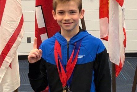 Albert Chagnon champion de l'Est du Canada en gymnastique artistique