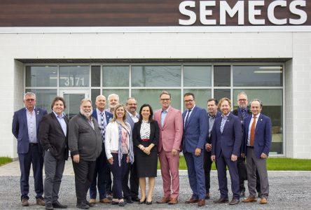 La SÉMECS reçoit Valérie Plante à son centre de traitement des matières organiques par biométhanisation