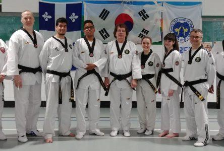 Six nouvelles ceintures noires à Varennes