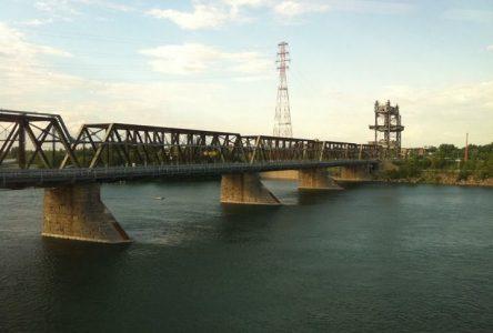 Fermeture complète du pont Victoria au cours de la fin de semaine