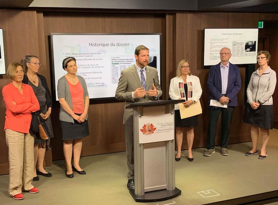 Érosion des berges sur le Saint-Laurent : les citoyens à Ottawa pour interpeller Marc Garneau
